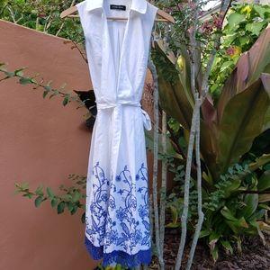 Ladies Ivanka Trump sz 2 sophisticated dress